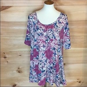 Lularoe scoop neck blouse Short sleeves 2XL